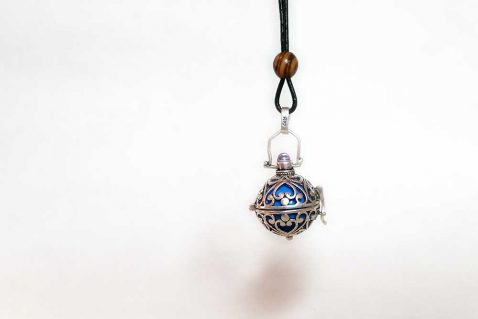 Bola-Necklace-Maternity-Gift-1